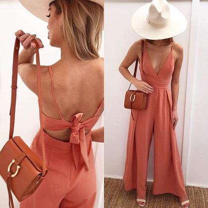 Deep V-neck Spaghetti Straps Backle..
