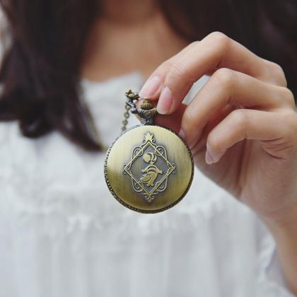 Alice in Wonderland pocket watch se..