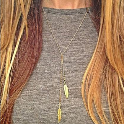 Simple Leaf Pendant Necklace For Wo..