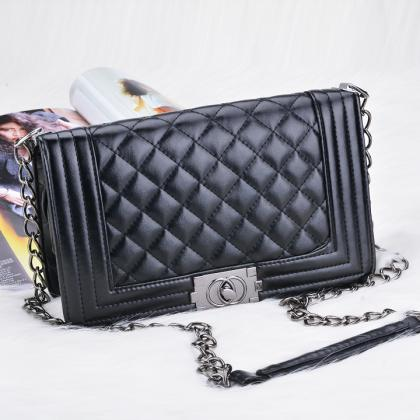 Black Leather Crossbody Bag With Qu..