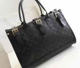 Women's Grid Bag Che..