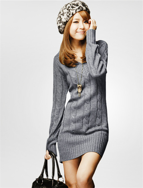 V NECK CABLE KNITTED PLUS SIZE SWEATER DRESS