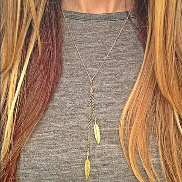 Simple Leaf Pendant Necklace For Women