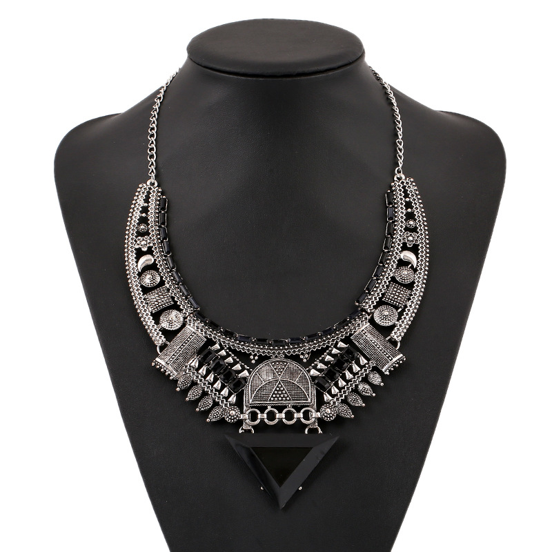 Black Geometric Triangle Chunky Boho Statement Short Necklace