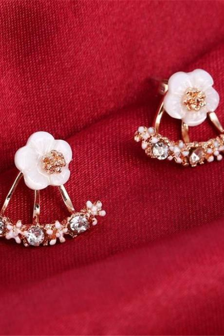 Small Daisy Flowers After Hanging Earrings