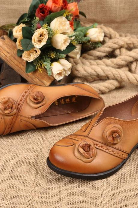 Retro Flower Real Leather Chunky Heel Round Toe Short Boots