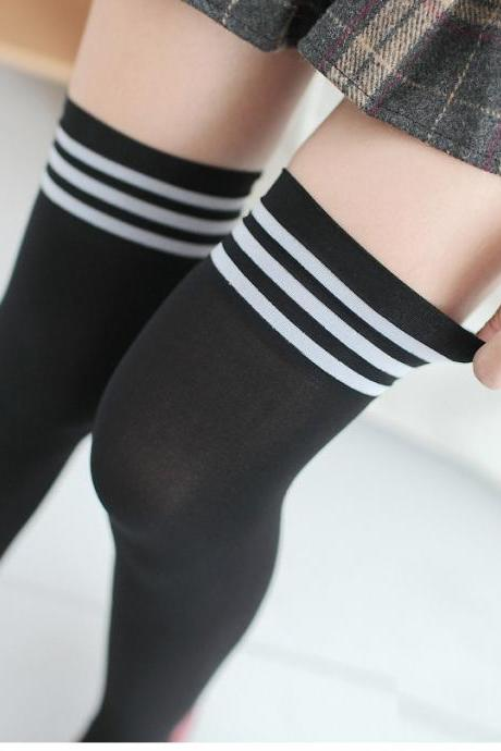 Over-the-knee Heap Socks-4-25-113