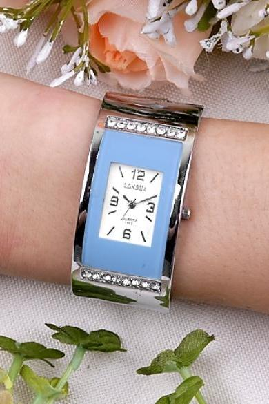 Women Elegant Fashion Bracelet Quartz Wrist Watch Blue