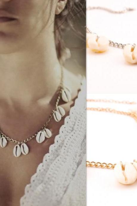 Natural Shell Short Clavicle Necklace