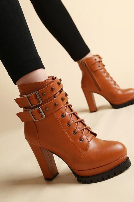 Round Head Ankle Strap Rivet Short Boots