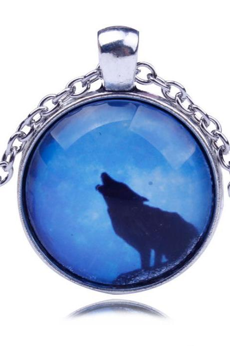 Unique Wolf Star Sky Fashion Necklace