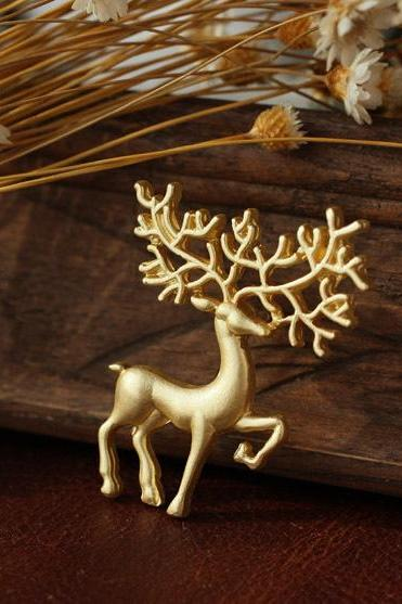 Europe frosted light golden deer Brooch