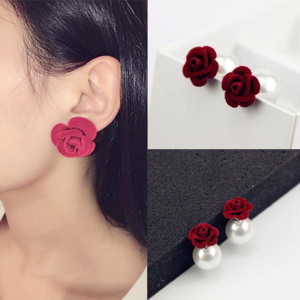 Velvet Frosted Roses Pearl Earrings